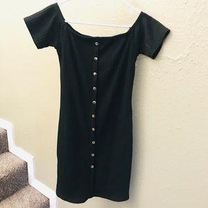 BLACK | off the shoulder dress
